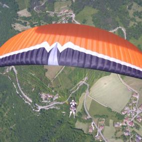 Paragliding stag activity for each stag group coming to Bratislava